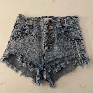 Highwaisted Jean Shorts